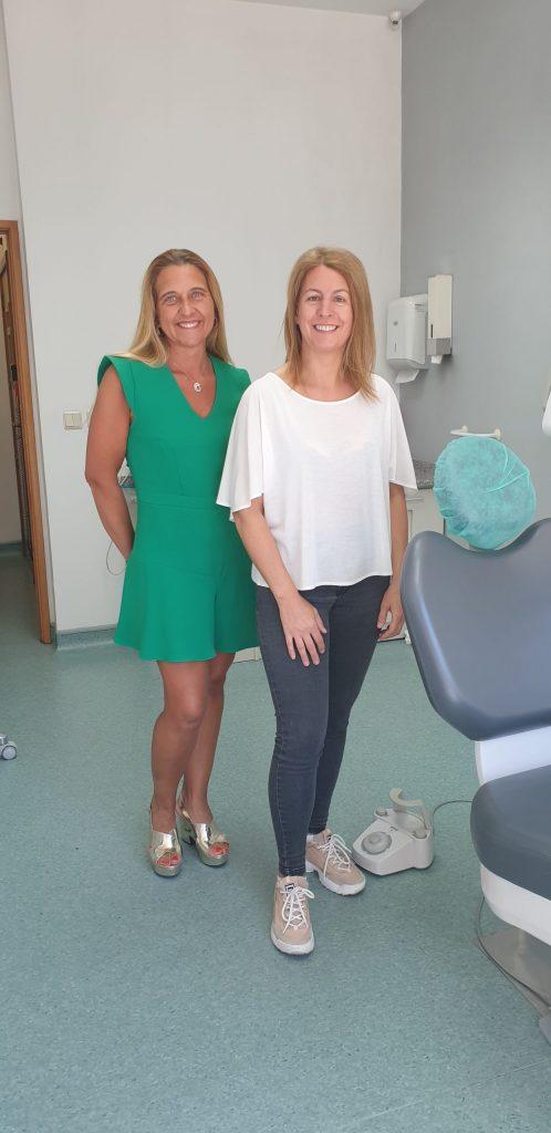 Sandra Fonseca (Médica Dentista) e Isabel Coutinho (Ortodontista, Implantologista e fundadora da Clínica Médico-Dentária São Bráz, em Sever do Vouga)